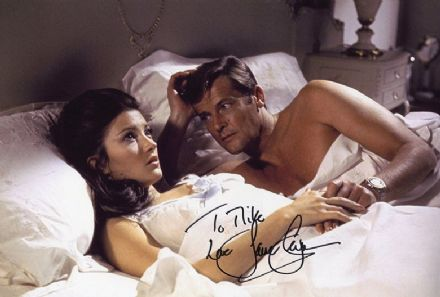 Jane Seymour, James Bond, Live and Let Die, signed 12x8 inch photo.